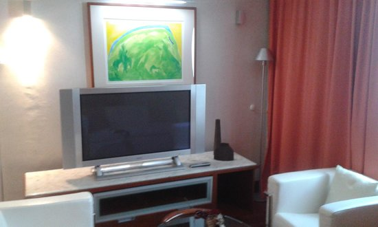 VIP Executive Arts Hotel : quarto