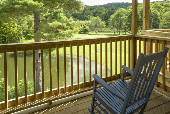 506 On The River Inn : Pond View