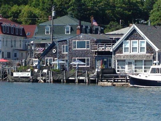 Inn on the Harbor : Back of hotel