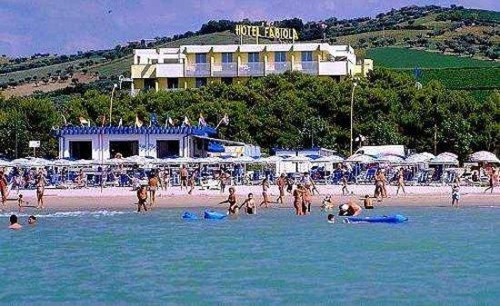 Hotel Fabiola: L'Hotel dal nostro lido