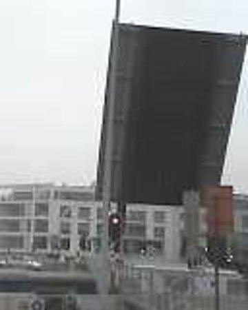 Gentpoort: Exemple  Pont levant à Sint-Leonardusbrug