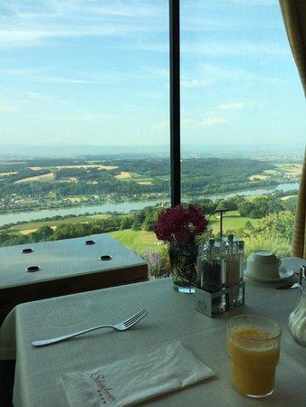 Hotel Schachner - Krone & Kaiserhof: View from restaurant