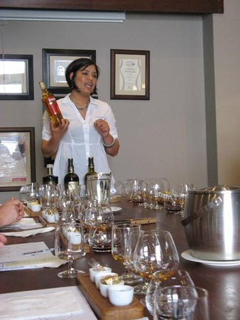 Klipdrift Distillery: Elestine (sorry if spelt incorrectly!) presenting the products for the tasting & pairing