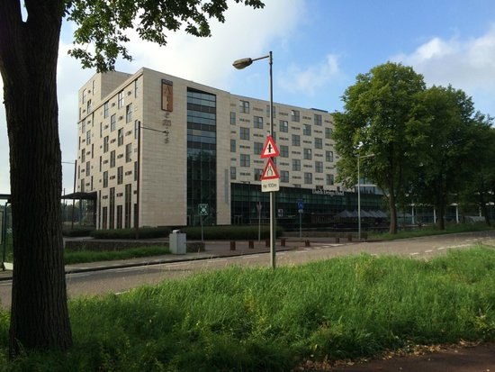 Dutch Design Hotel Artemis: Rear of hotel
