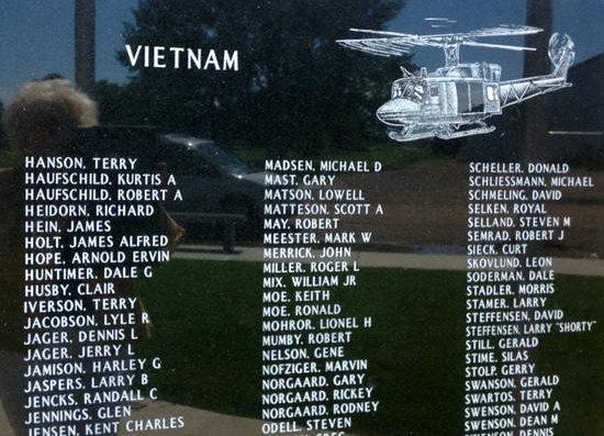 Arlington, MN Vietnam Memorial