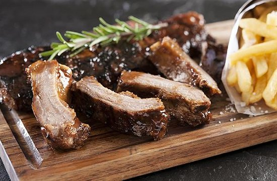 The Hussar Grill: Hussar Ribs