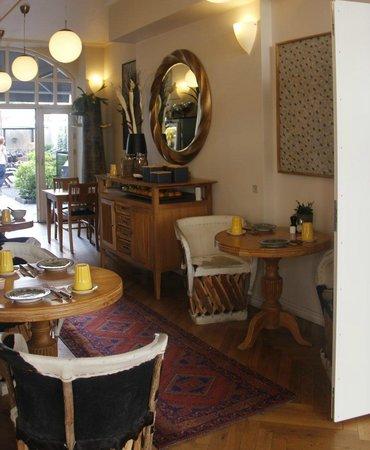 Bertrams Guldsmeden - Copenhagen: Breakfast seating