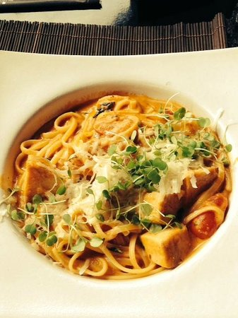 The Library: Chicken Linguine