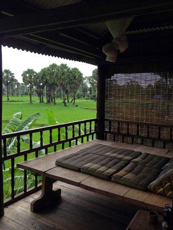 Champa Lodge : терраса-чилл