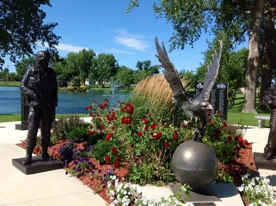 Arlington, MN War Memorial