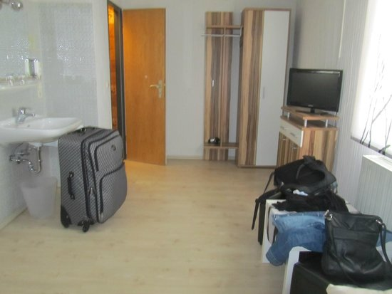 Hotel Rothenburger Hof: view of one side of the room