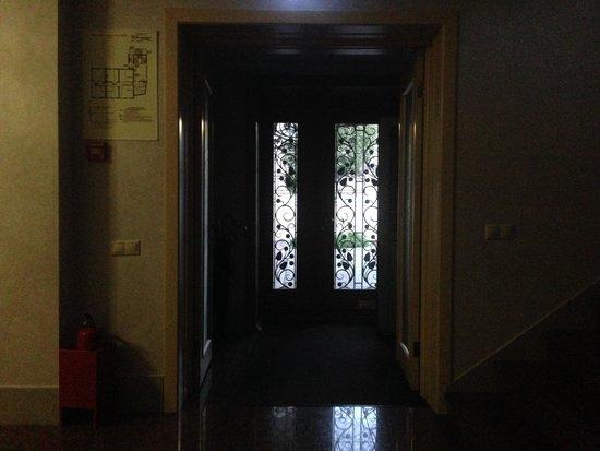 Kuptsov The House Hotel: холл