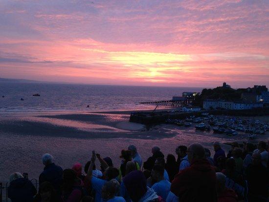 Beachcomber B&B: Sunrise over Tenby Ironman 2014