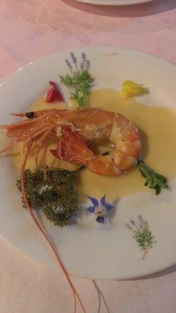 Pension Tefutefu: エビのクリーム煮。このスープも美味しすぎて、ライスを付けて頂きました。