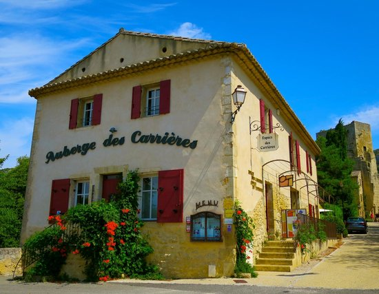 Auberge des Carrières : Beautiful Village with a Beautiful Restaurant