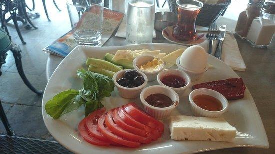 Duo Galata Hotel: turkish petit déj