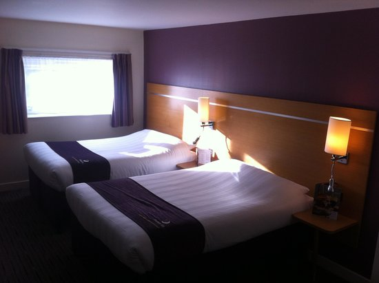 ‪‪Premier Inn Manchester Airport (M56/J6) Runger Lane South‬: The Bedroom 1‬