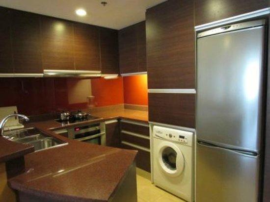 Urbana Sathorn: Kitchen