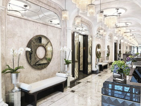The Wellesley Knightsbridge, a Luxury Collection Hotel, London: The-Wellesley-Lobby