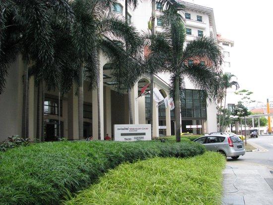 Swissotel Merchant Court Singapore: Sisäänkäynti