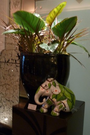 Mayfair, Bangkok - Marriott Executive Apartments : Lobby  decoration