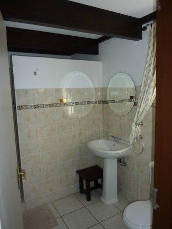 Casa Blanca Hotel: Bathroom