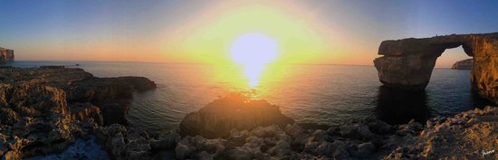 Ellie Boo Bed & Breakfast : sunset at the azure window