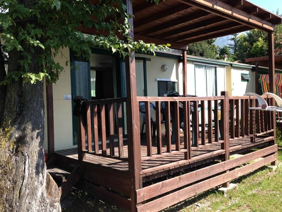 Bungalows picture of camping spiaggia abbadia lariana for Bungalow spiaggia