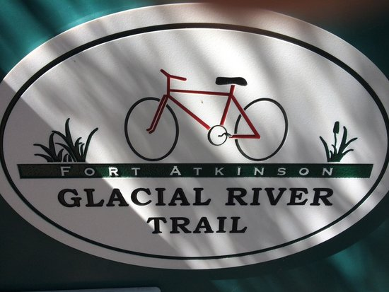 Fort Atkinson, WI: Glacial River Bike Trail