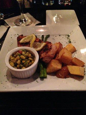 Avenue Eat and Drink Restaurant : Blue Marlin Heaven