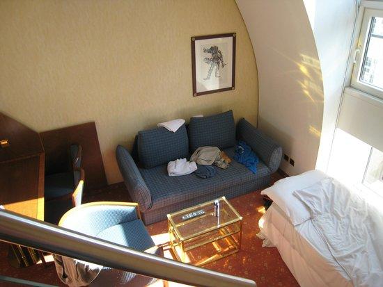 Derag Livinghotel Prinzessin Elisabeth : Нижний этаж номера