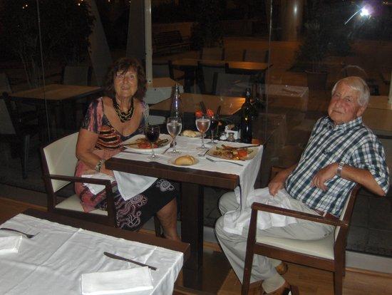 Evenia Rosello: Vi hadde bryllupsdag mens vi bodde på hotellet.