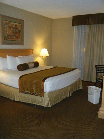 Royal Resort: ベッドルーム