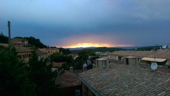 Hotel Rosa: Sunset over Begur!