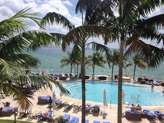 The Ritz-Carlton, Fort Lauderdale: pool view