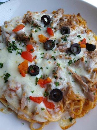 Casa Madeirense Restaurante : Esparguete com atum gratinado