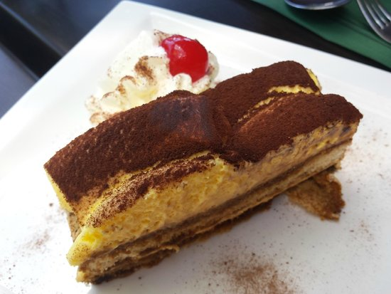 Casa Madeirense Restaurante : Tiramisu