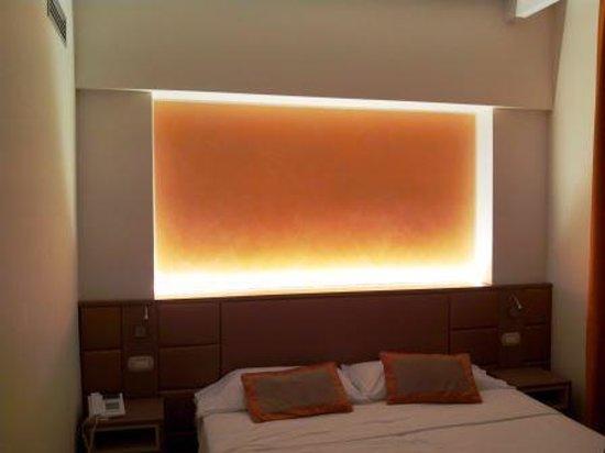 Hotel Bristol Buja: Camera da letto