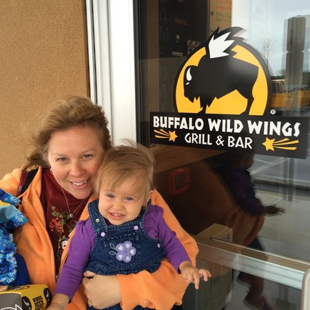 Find buffalo wild wings in Hanover Park, IL on Yellowbook. Get reviews and contact details for each business including videos, opening hours and more.