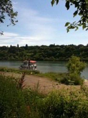 Meewasin Valley: The Prairie Lily riverboat