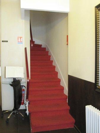 Le Petit Belloy Saint Germain: Entrance