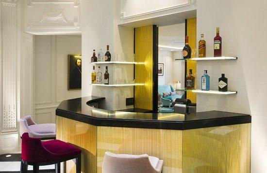 Bourgogne et Montana Hotel by MH : Bar