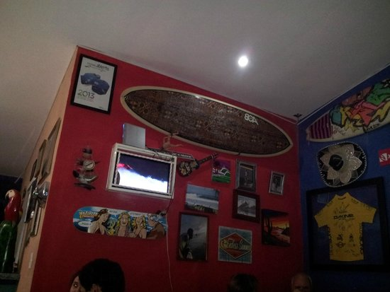 Cholo's Comidas Mexicana: Surf Decor Mexican Restaurnt in Panama