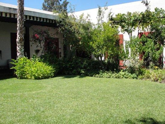 Foto de el farol parras de la fuente compartiendo el pan for Hostal ciudad jardin