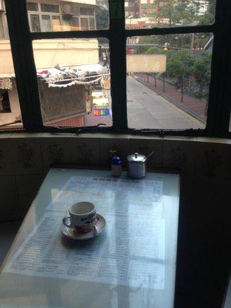 Mido Cafe: 店内