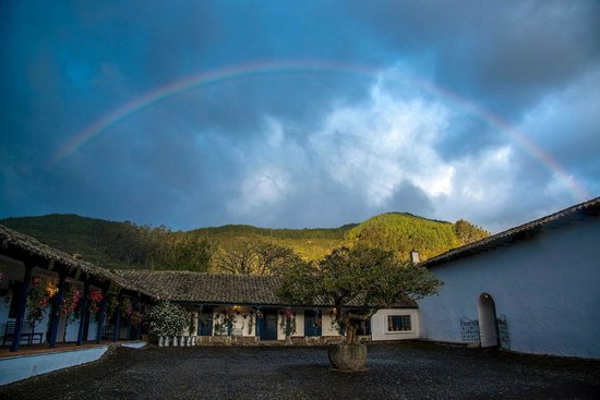 Hacienda Zuleta: Rainbow in May 2014