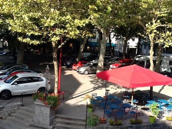 Le Petit Chou : View of the square from Framboise
