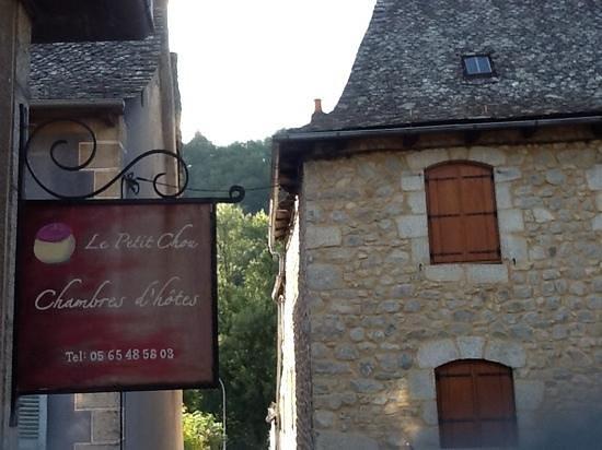 Le Petit Chou: View of Outside the Petit Chou, close to river