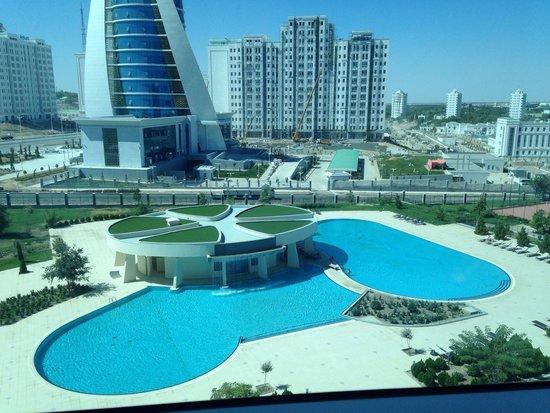 Oguzkent Hotel: Swimming pool view - spectacular!