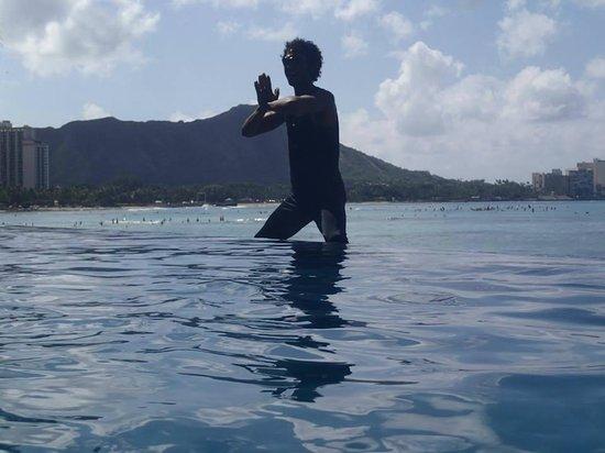 Massimo Sport Hawaii Tours: Namaste, Max!